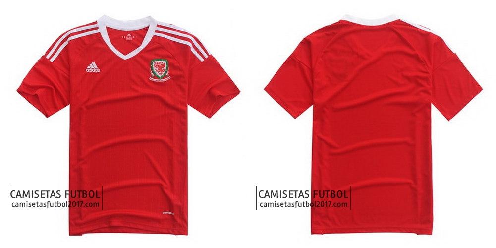 La primera camiseta gales euro 2016 es un diseño limpio y sencillo de  Adidas y cuenta con una base de color rojo con un efecto de caída de aguja  sutil que ... 0e97a969dad71