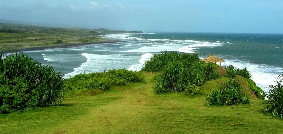 Pantai Puncak Guha