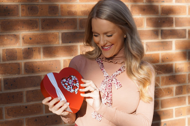 valentines day gift guide chicago blogger
