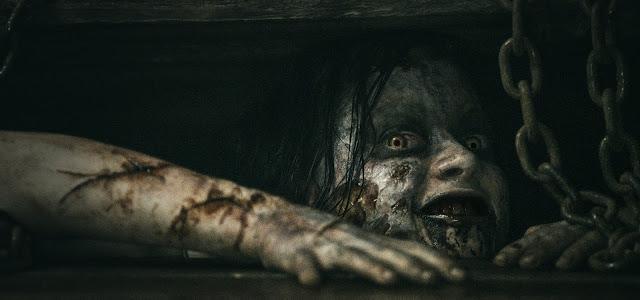 """Sam Raimi """"adoraria"""" dirigir novo filme da franquia Evil Dead"""