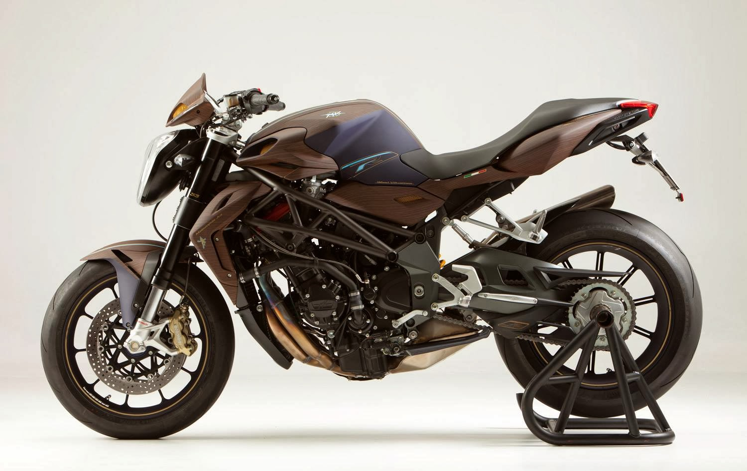 Racing Caf U00e8  Mv Agusta Brutale California By Simone D U0026 39 Auria