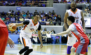 Meralco Bolts vs Phoenix