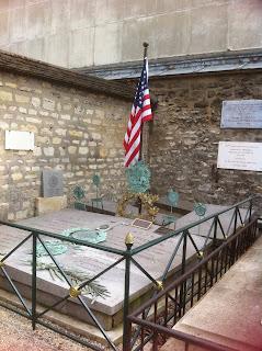 Visite guidée du Cimetière de Picpus à la Nation