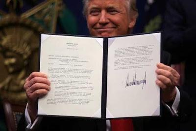 Isi Perintah Trump yang Melarang Pengungsi dan Warga 7 Negara Mayoritas Muslim Masuk ke Amerika