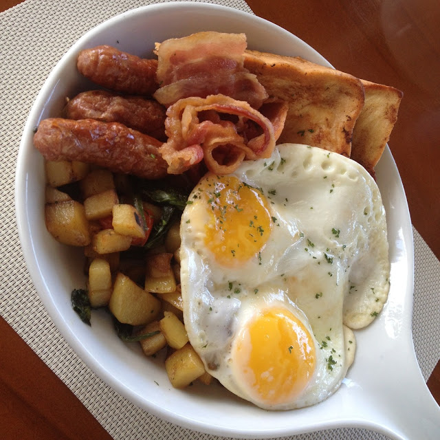 Breakfast skillet from Birdseed Breakfast Club at Axis Entertainment Avenue