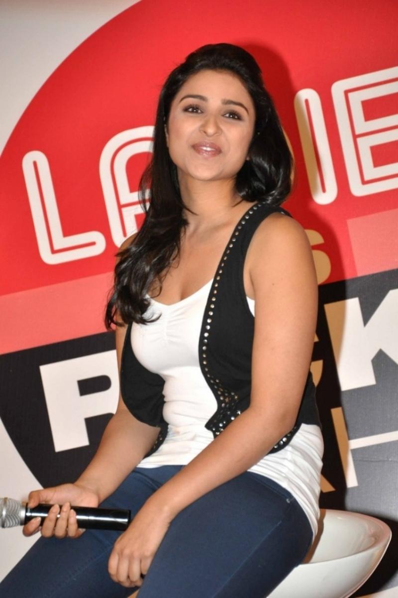 Indian desi bhojpuri actress manisha singh sonagach casting couch sex tape - 2 6