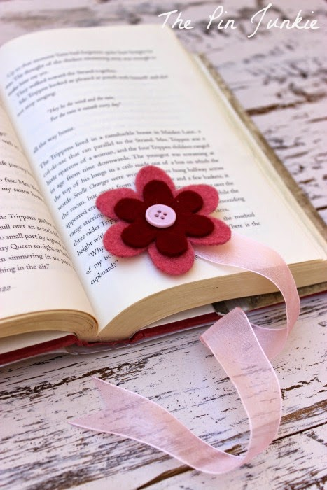 http://www.thepinjunkie.com/2014/06/ribbon-and-felt-flower-bookmarks.html