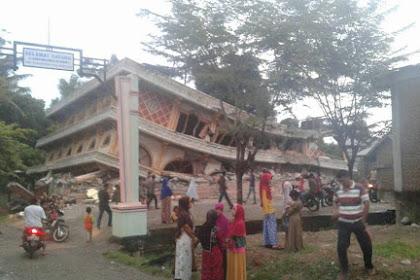 Innalillah.. Inilah Foto-Foto Bangunan Roboh Kondisi di Aceh Pasca Gempa