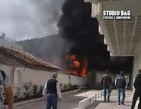 Πυρκαγιά στο κέντρο του Άργους (βίντεο)