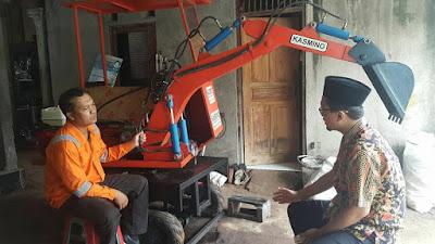 Kasmino-Excavator Mini Produk Anak Bangsa