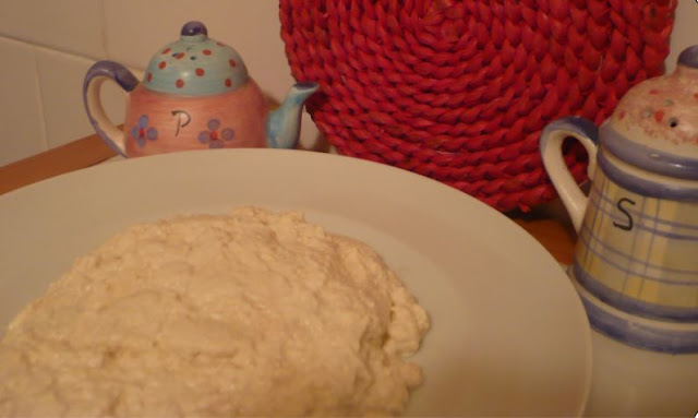 ricotta vegan fatta con latte di soia