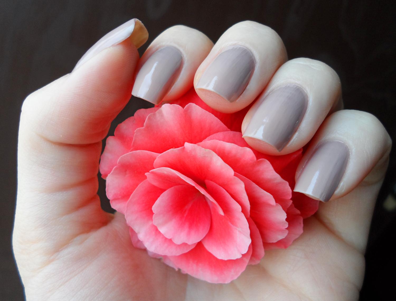 manicure, nude nails