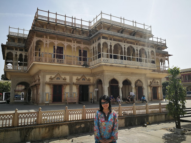S L Song Love To Travel But Hate The Travelling City Palace Jaipur