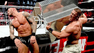 تي ال سي: راندي اورتن يجمع مجد WWE من طرفيه WWE TLC Tables Ladders and Chairs
