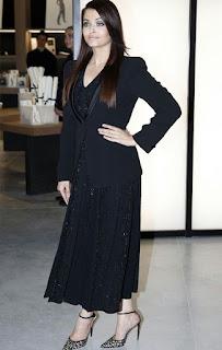 Aishwarya Rai In Black Outfit 3