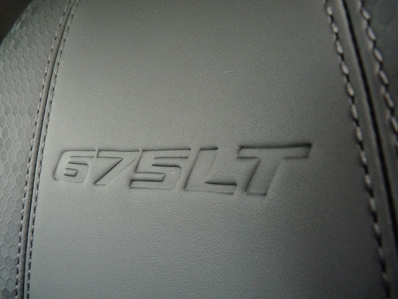 Một trong năm chiếc McLaren 675LT Prototypes đang được rao bán