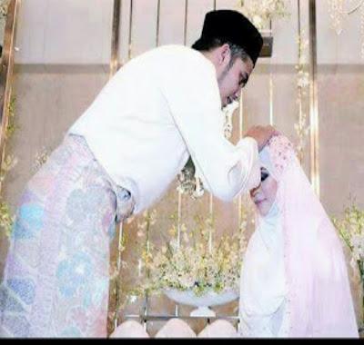 Ini Doa Yang Diajarkan Rasulullah SAW Saat Memegang Ubun-Ubun Istrinya