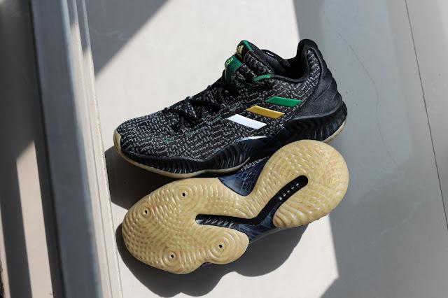9ce1b0356 以下先以開箱形式分享這雙鞋子的細節,其實這雙PE設計非常細緻,如果迫不及待可以直接跳到實戰篇。