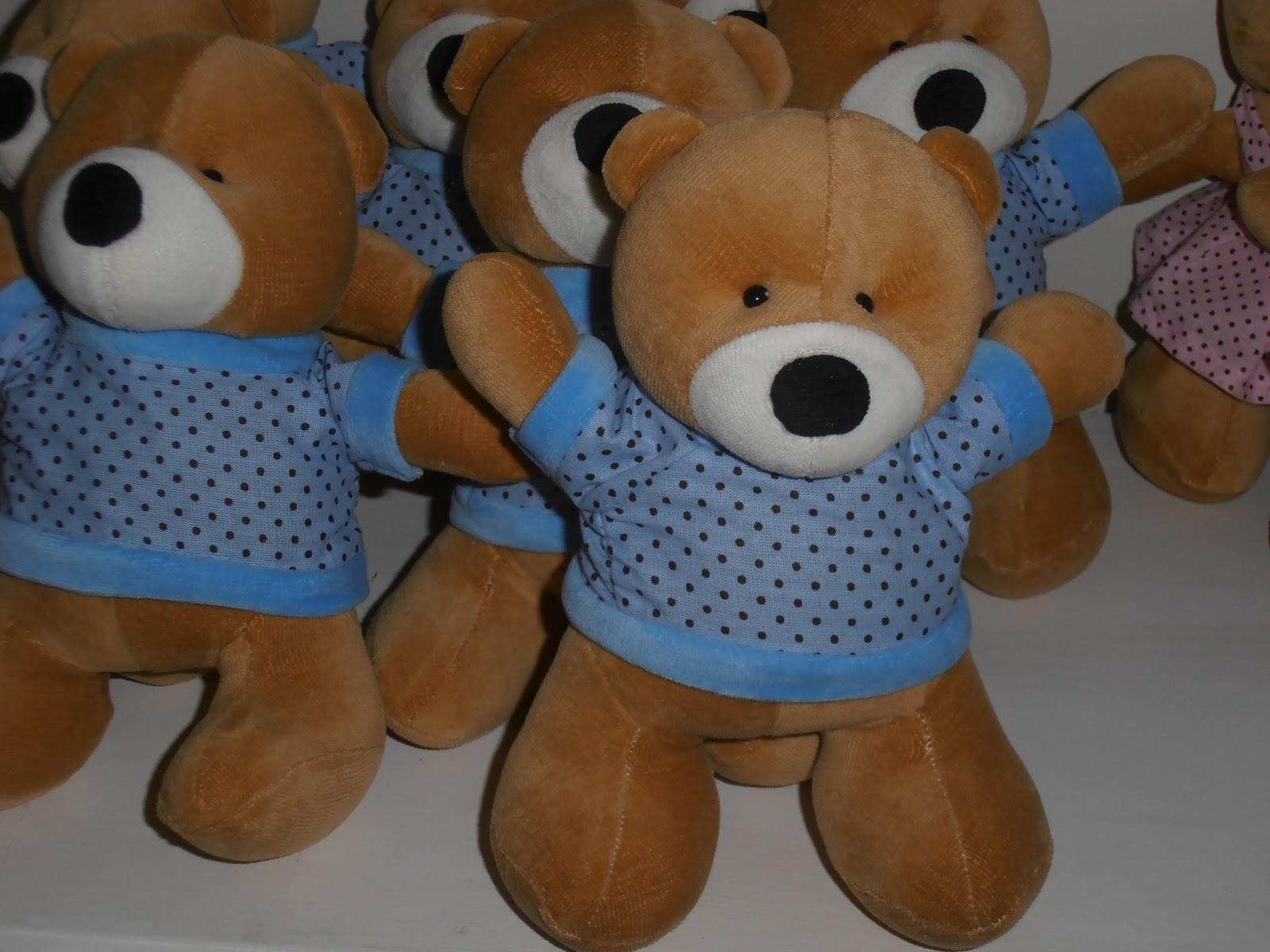 Ursos de Pelúcia Apaixonados por Pelúcia