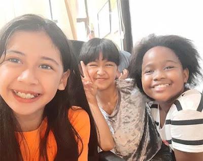 Asya Adeniarifva dan Teman Temannya
