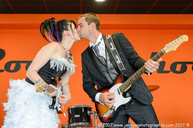 photo fun de mariage, portrait original mariés thème musique