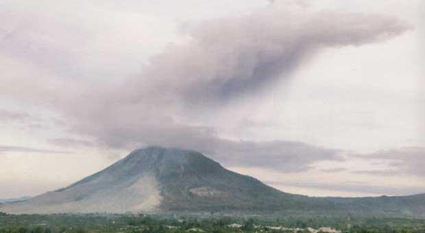 Wisata Alam di Ketinggian Sumatera Utara - Kesejukan Berastagi