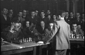 Simultáneas de Arturito Pomar en Lérida el 17 de abril de 1946 (5)