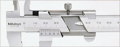 Mitutoyo 標準ノギス ストッパー部の内部構造