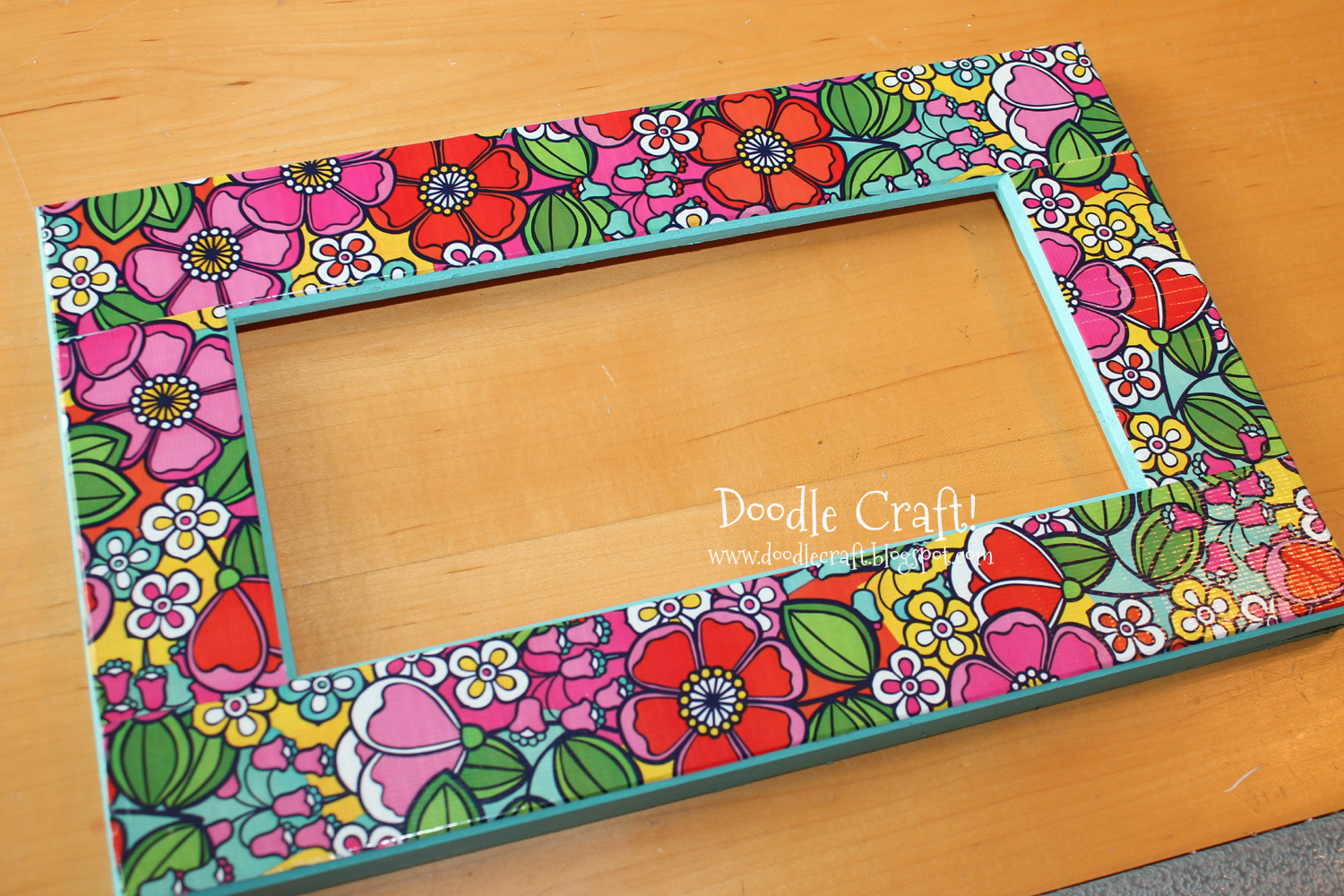 Doodlecraft duct tape picture frame for Picture frames for crafts