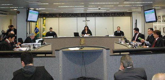 TRE mantém cassação dos diplomas do prefeito e do vice-prefeito de Frecheirinha