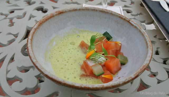 Tapa de salmón con yogurt y jalapeños, hotel Palace Barcelona