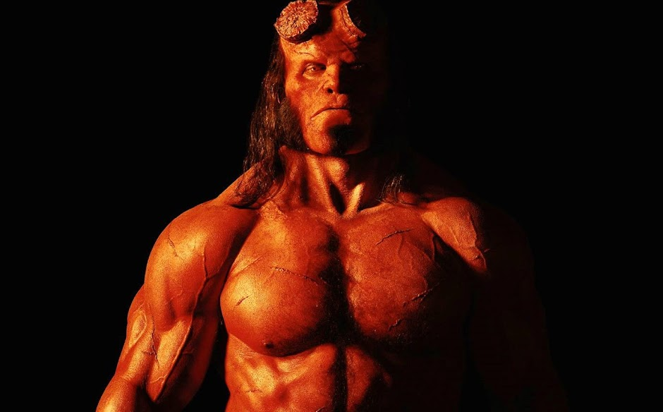 """Hellboy"" ganha novos pôsteres, trailer sai na quinta-feira"