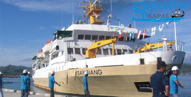 Kapal Pelni SANGIANG