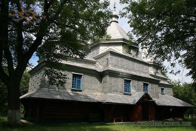 Церква в селі Старий Гвіздець