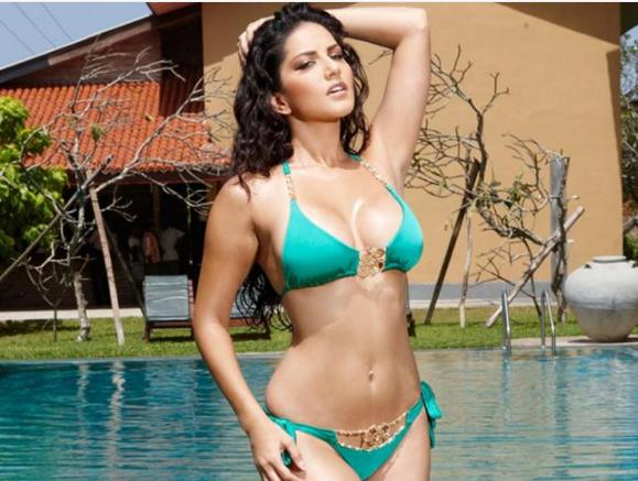 Sunny Leone Bikini