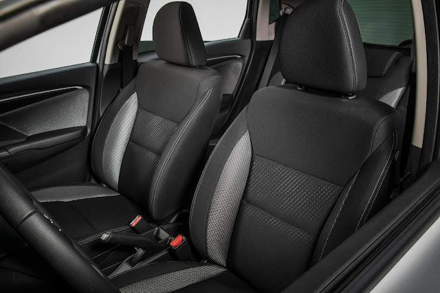 Honda WR-V 2017 - interior