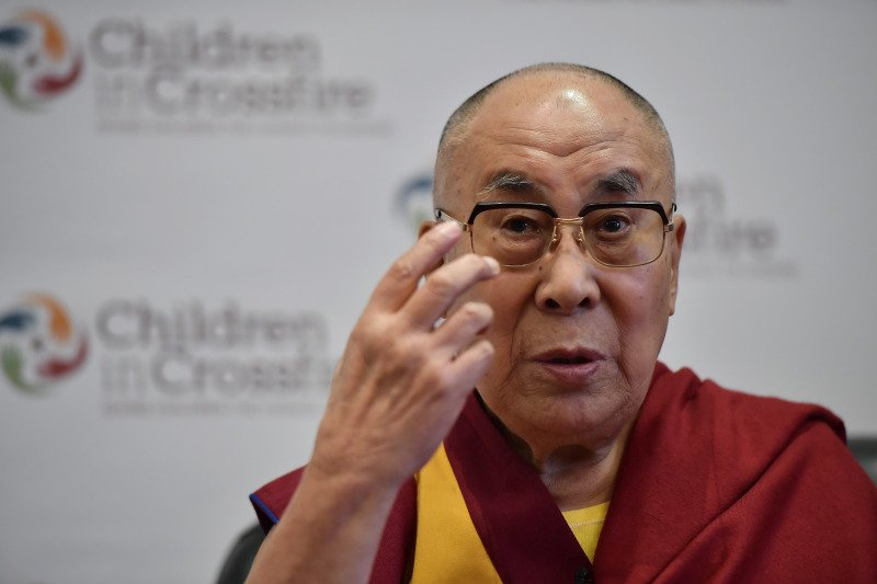 The Dalai Lama's Top 8 Tips For Living A Life Full Of Wisdom And Love