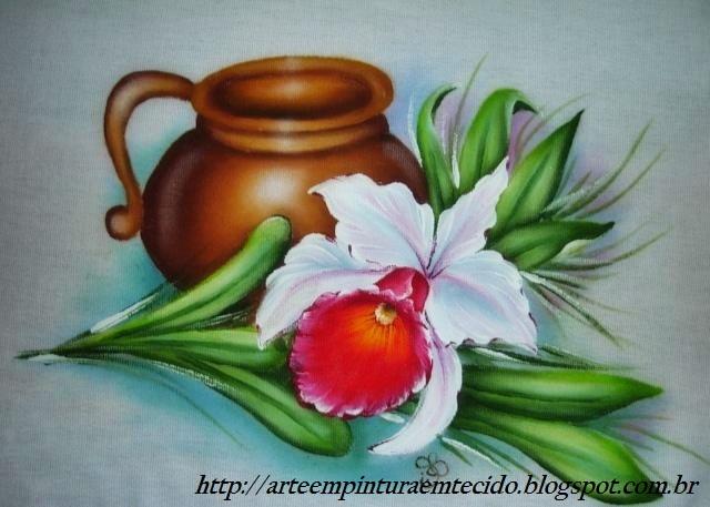 pintura em tecido essa é uma pintura feita em tecido com o tema de