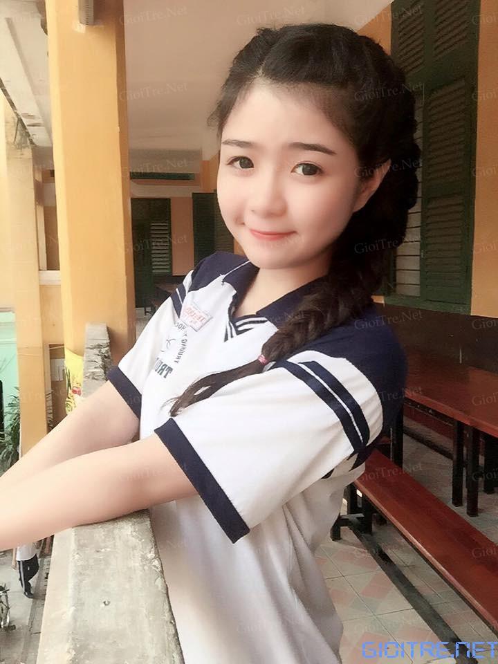 Khánh An: Lỡ yêu rồi, học sinh trường nào mà đáng yêu thế lày?