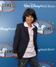 Moises Arias age, height, brother, now, how old is, how tall is, 2016, willow smith and, movies, mateo arias and, instagram, wiki, biography