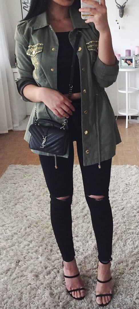 ootd: top + rips + bag + khaki jacket