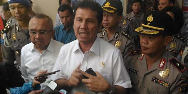 Menteri PAN RB Pecat 31 PNS Karena Sering Bolos