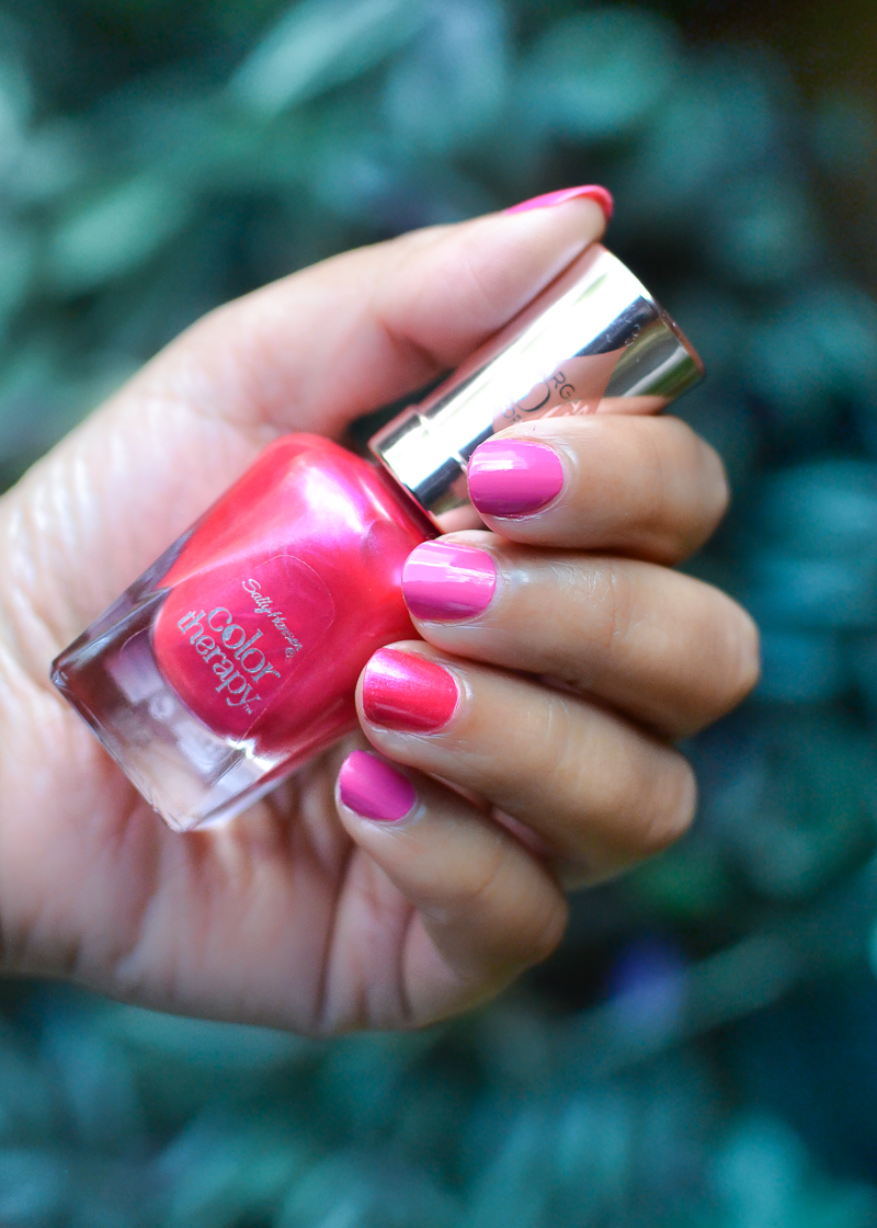 Sally Hansen Color Therapy Nail Polish in Rosy Glow 250