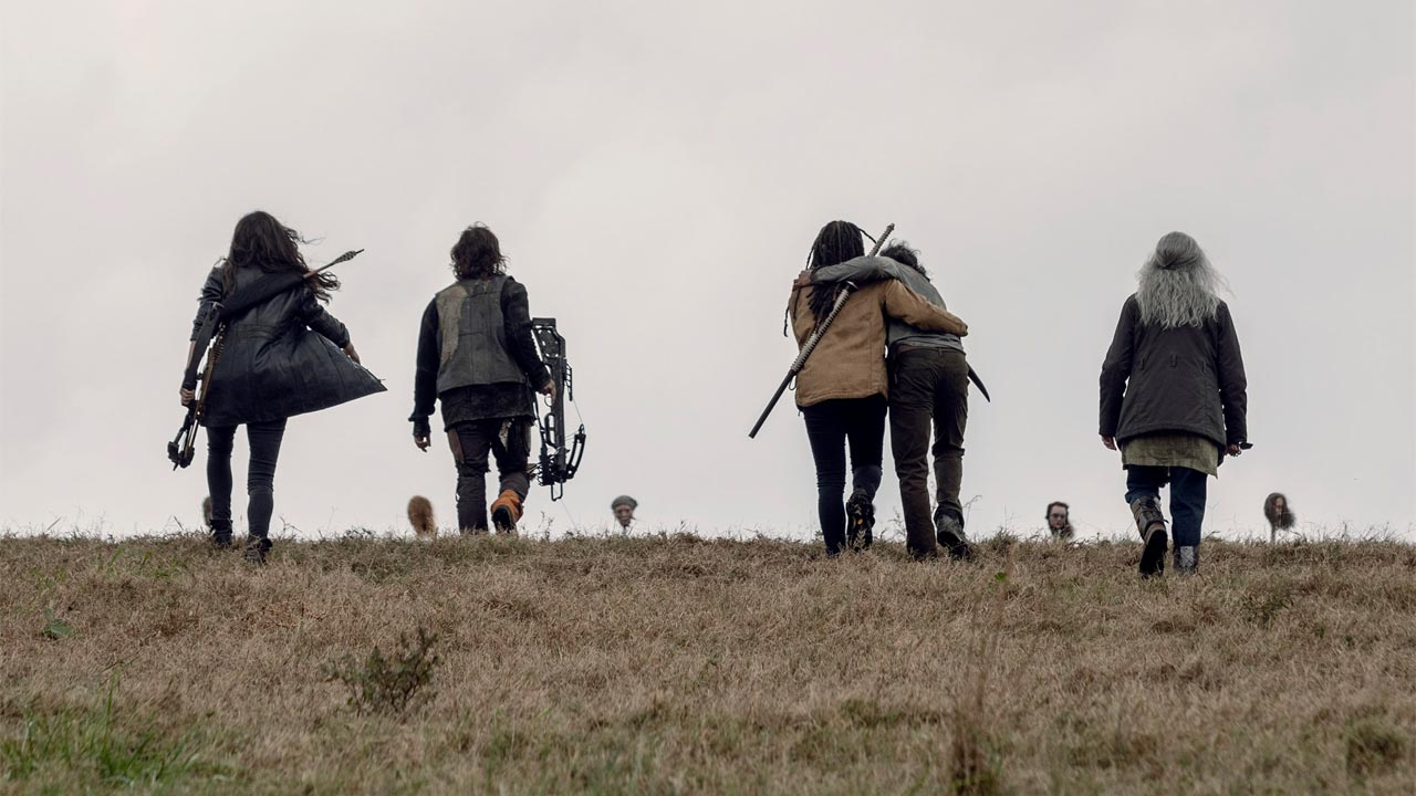 Daryl, Michonne, Carol, Siddiq y Yumiko, n el episodio 9x15 The Calm Before de The Walking Dead