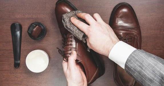 Tres imprescindibles para limpiar tus zapatos  066a4fc79e03