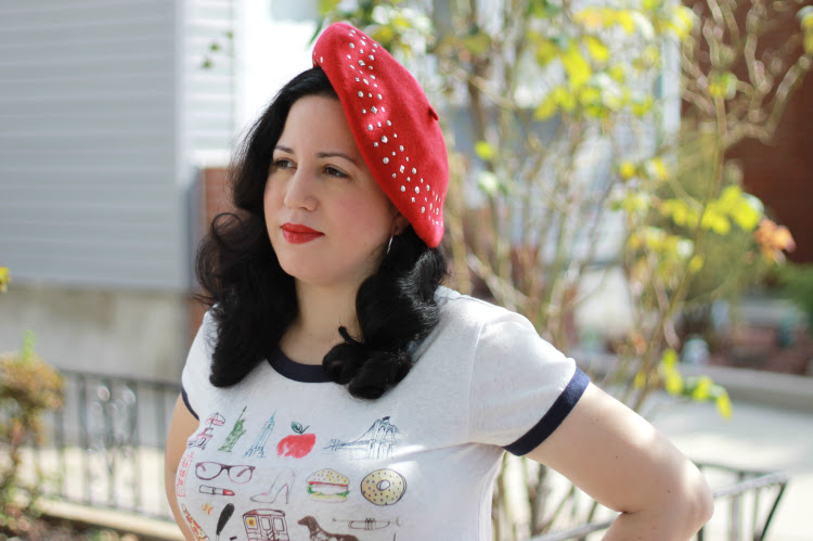 A Vintage Nerd, Beret Fashion, How to wear a beret, Vintage Beret, Retro Fashion Blog