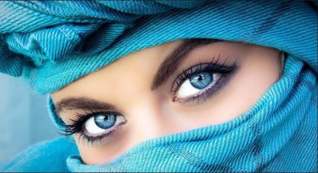 Beautiful eyes of cute girl
