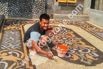 Batu sikat motif batik
