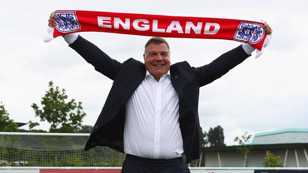 Sem títulos de expressão, o que a Inglaterra procura com Big Sam?