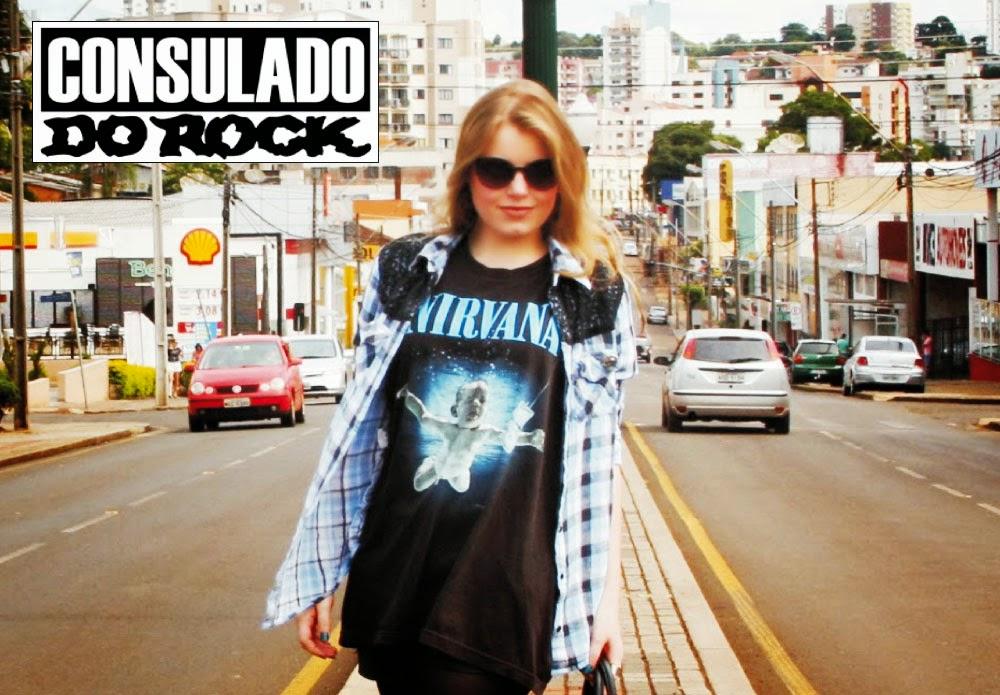 100% algodão - Fio 30 1 penteado Consulado Do Rock - Galeria do Rock  Loja  234 facebook.com camisetasgaleriadorock 9f8396ee5f5